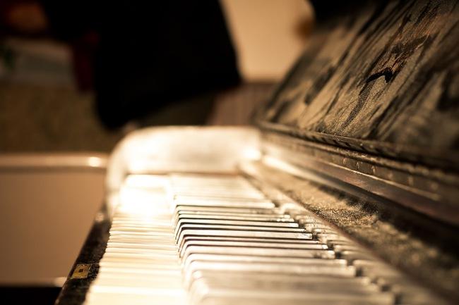 dusty piano.jpg