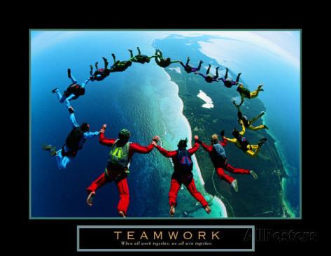 teamwork-skydivers-ii.jpg