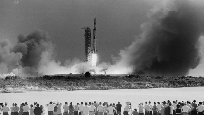 apollo-anniversary-gettyimages-515392088.jpg