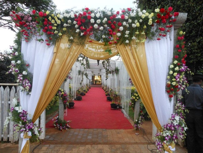 Amazing-wedding-entrance-flower-decoration.jpg