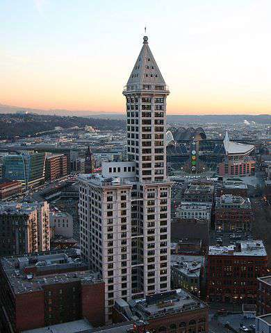 390px-SmithTower_Seattle_WA_USA2.jpg